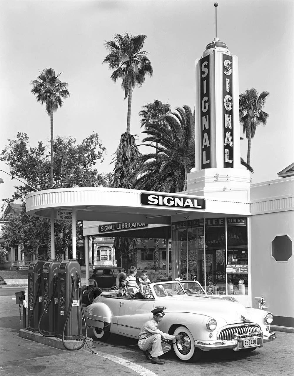 The original blackandwhite image of a Signal gasoline