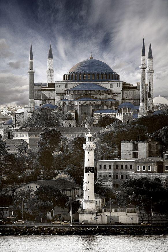 mezquita azul estambul (turquia) by Albert Romaní on 500px