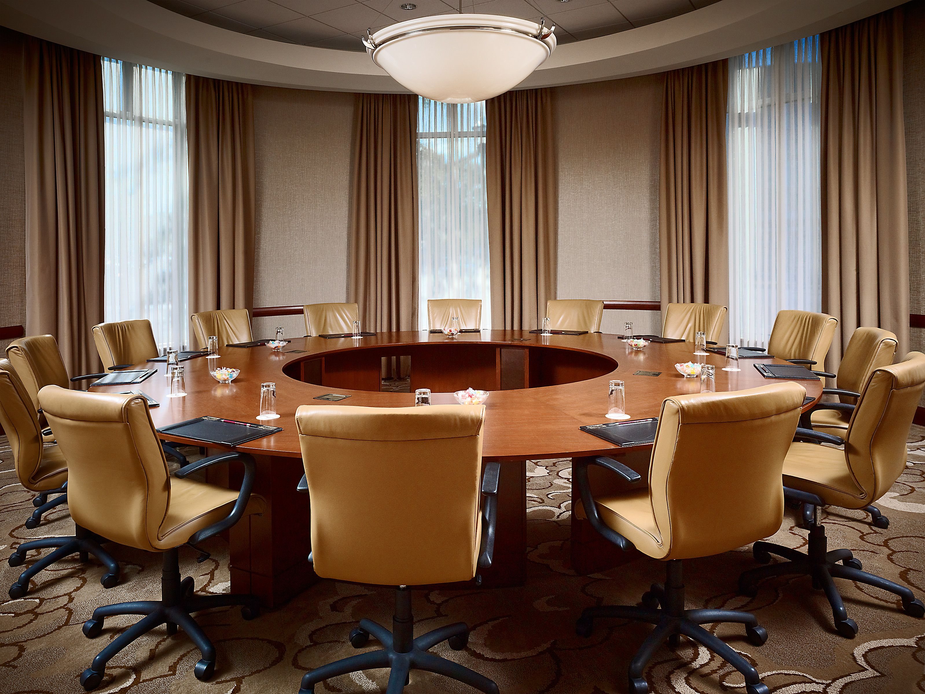 Pin By Claire Mabon On Best Boardrooms In The South Ergonomic Chair Boardroom Furniture