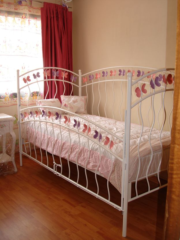 Cuna cama de fierro con baranda tipo cuna bebe for Cama cuna para nina