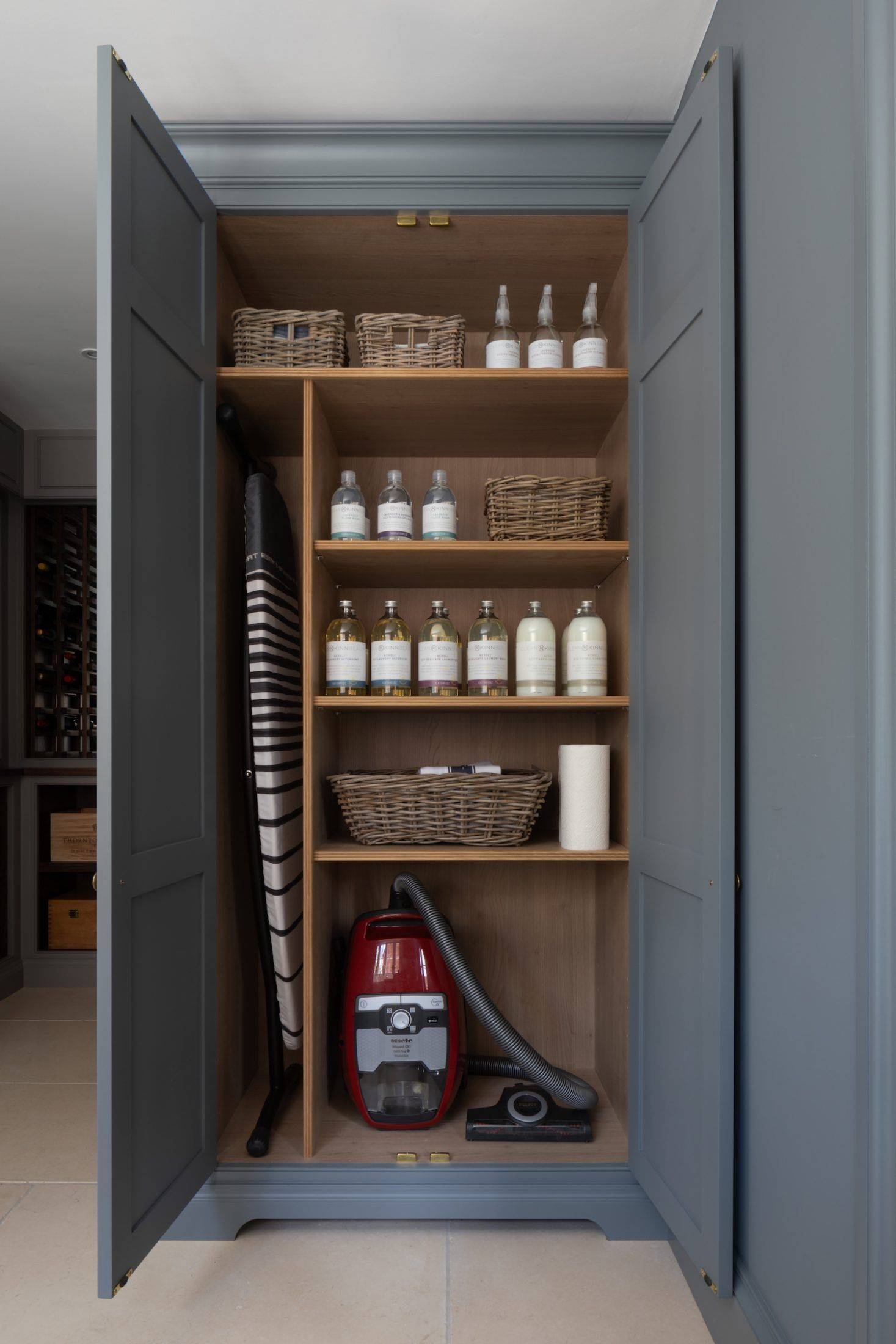 Photo of * Neu * Spenlow Utility Room im HM Showroom in Felsted, Essex – Humphrey Munso …