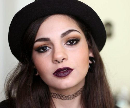 De Coturno E Spikes Soft Grungeheroin Chic Makeup Inspired By - Grunge-makeup-90s