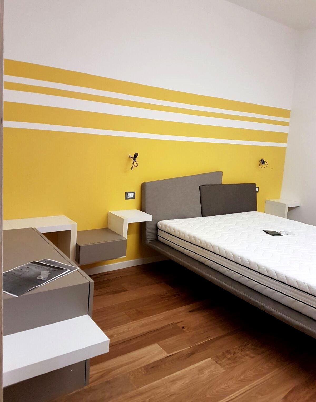 Camera da letto per ragazzi, pareti colorate e mobili ...