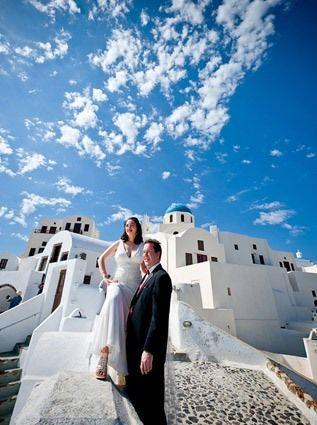 Wedding In Santorini Greece Beautiful Looks Like You Re On The Edge