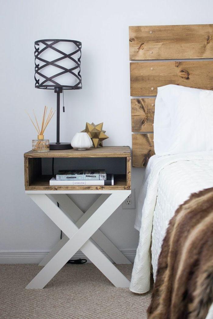 muebles hechos con palets cabecero y mesa de noche de palets