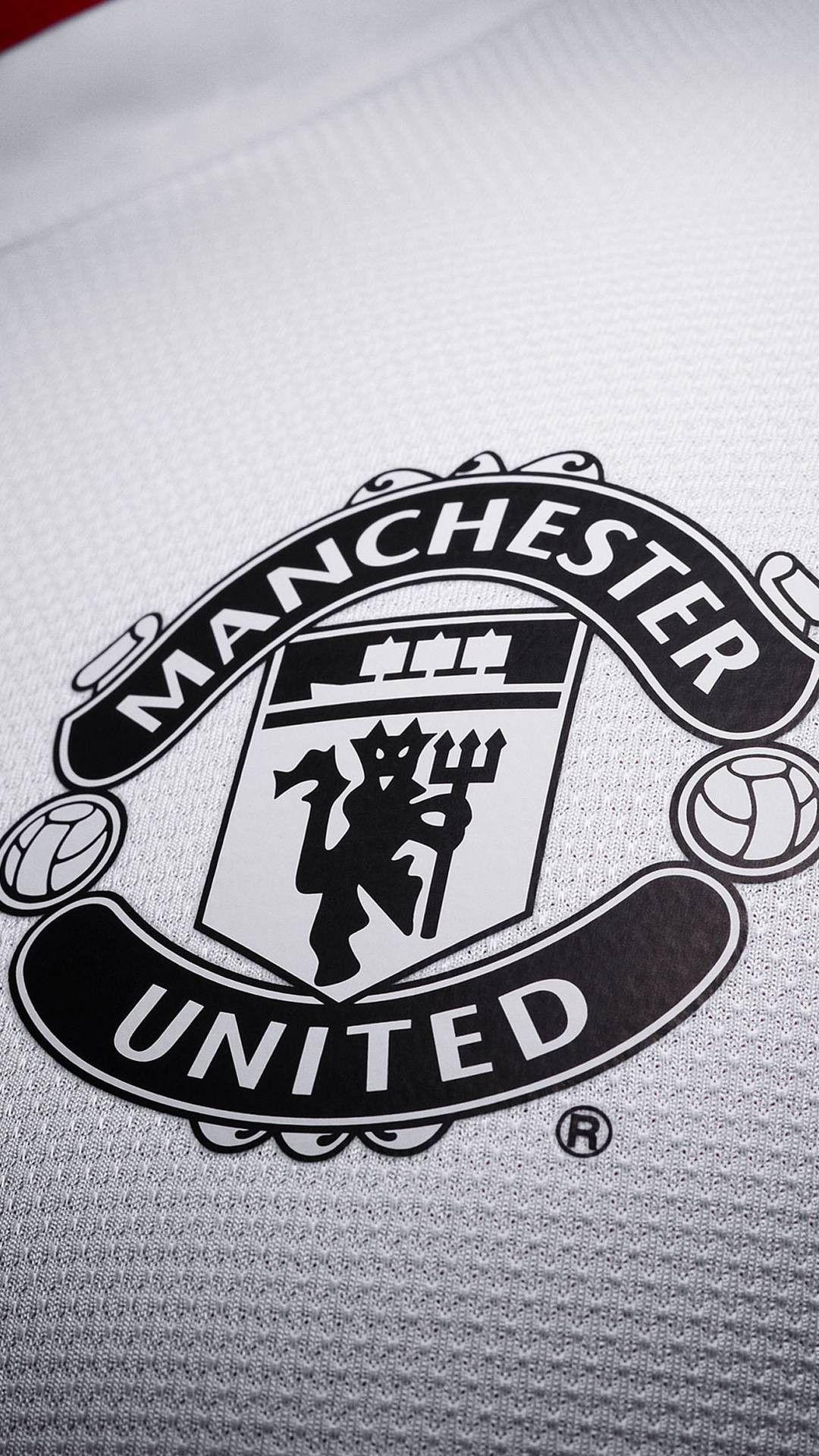 Man Utd club crest phone wallpaper Manchester united