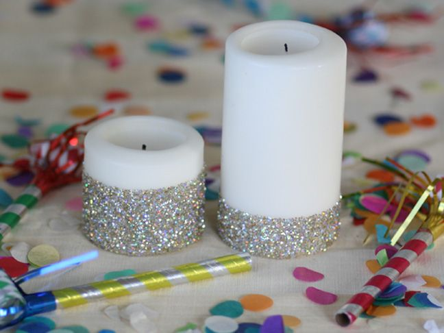 Decorare Candele Bianche : Diy new year s eve glitter candles lampi riciclo e candele