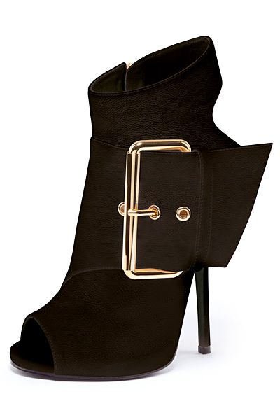 Giuseppe Zanotti Spring/Summer 2013 #shoes #fashion #design #designer #buckle #sexy #footwear #style