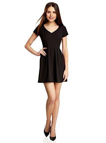 Mit schwarzem Kleid Mann beeindrucken - Schwarzes Kleid | Schmuck ...