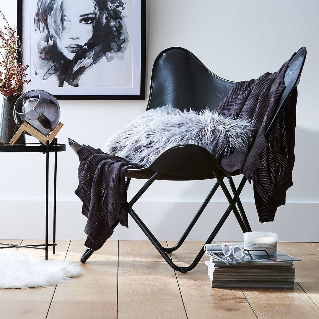 Must Have Have You Been Lucky Enough To Grab One Of These 39 Butterfly Chairs From Kmar Butterfly Chair Butterfly Chair Living Room Cheap Dining Room Chairs