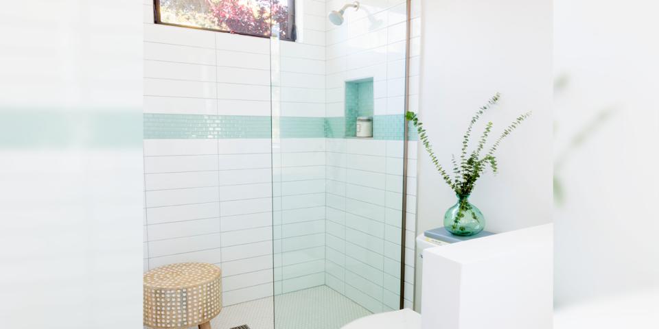 Aqua Glass Tiles White Subway Tile, Aqua Glass Tile Bathrooms