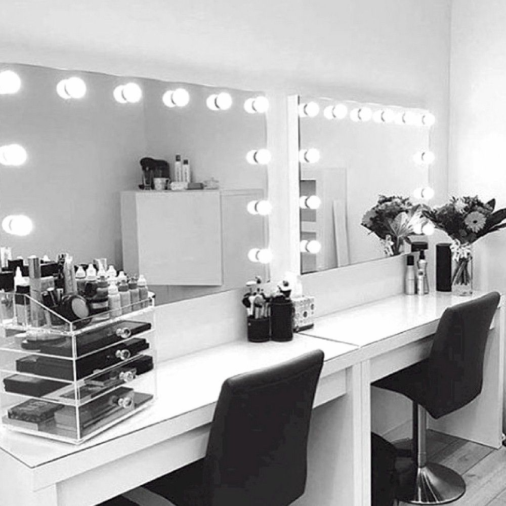 Click For New Makeup And All Things Beauty In Beauty Room Tips Tutorials And The Resources To Glam You Makeup Room Design Makeup Vanity Lighting Makeup Rooms
