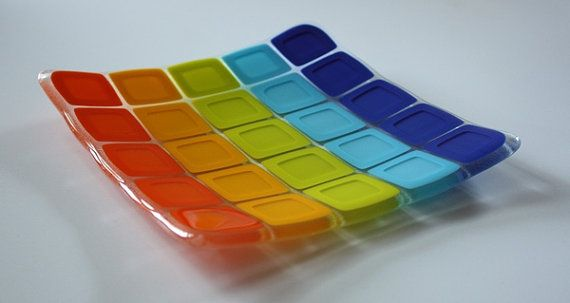 Rainbow Square Plate - place clear squares on top of colored squares to give the middle & Fused Glass Plate - Rainbow Squares | Square plates Fused glass ...