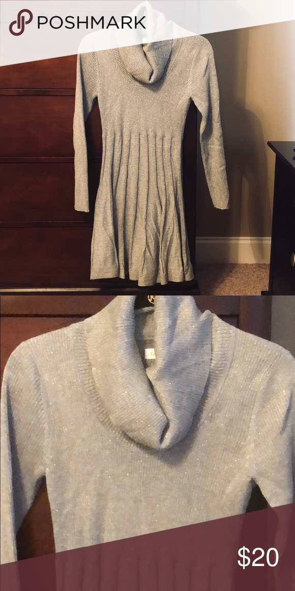 66092cb5b8 Calvin Klein Gray Sweater Dress Size Medium Pleated for a flattering fit Cowl  neck Metallic Silver