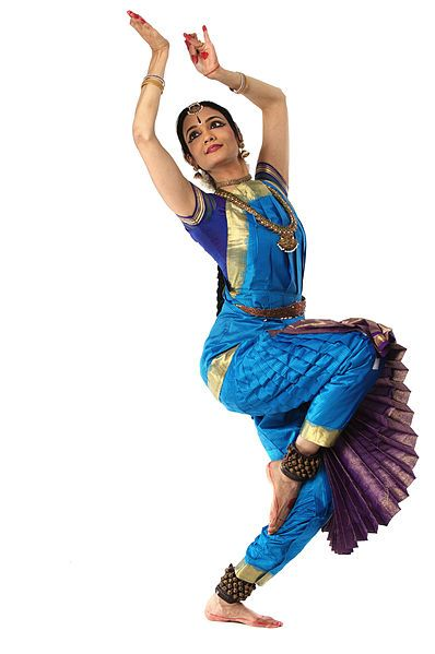 BHARATANATYAM Dance --  Classical dance from the South Indian state of Tamil Nadu, practiced predominantly in modern times by women _____________________________ Reposted by Dr. Veronica Lee, DNP (Depew/Buffalo, NY, US)