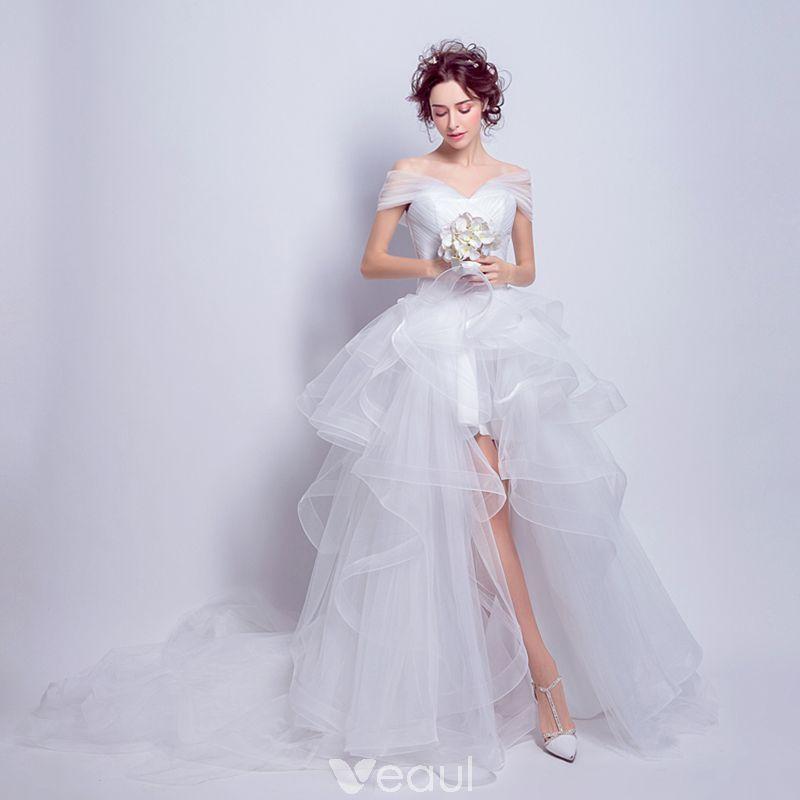 f50e68ed3b Piękne Białe Organza Lato Plaża Suknie Ślubne 2018 Suknia Balowa Przy  Ramieniu Kótkie Rękawy Bez Pleców Asymetryczny Trenem Kaplica Wzburzyć