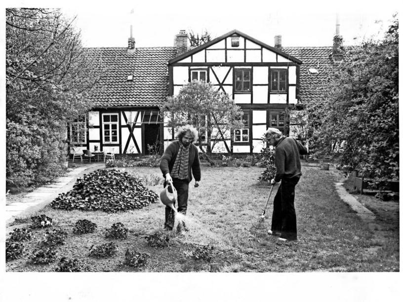 Hannover Nordstadt 1980 Dieses Malerische Gartenhaus In Der Strasse Am Judenkirchhof Ist Zeugnis Fur Die Ursprungliche Besiedlung D Siedlung Hannover Landlich
