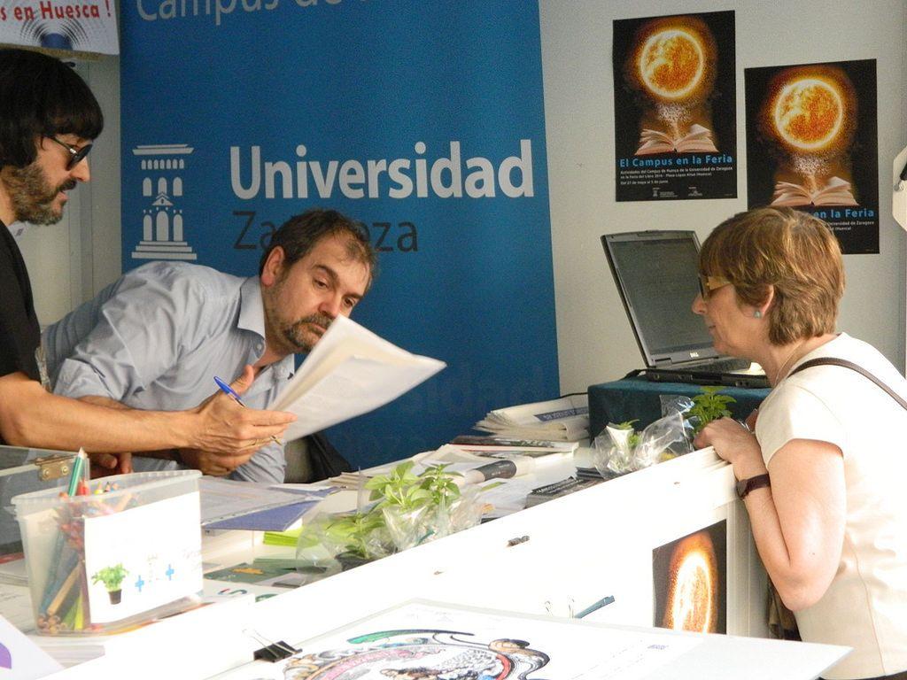 Feria Del Libro De Huesca 2016 Huesca Campus