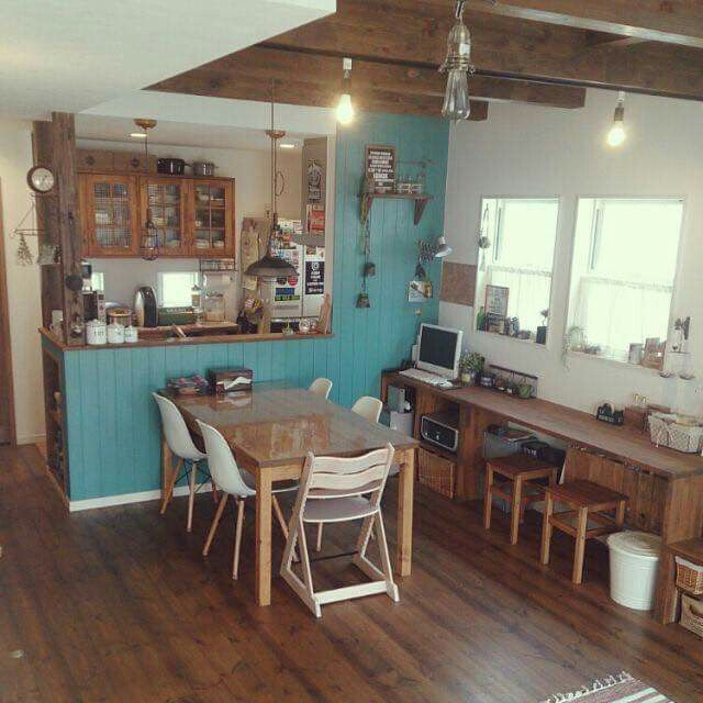 Beach Houses, Tiny Houses, Studio Apartment, Kitchen Ideas, Kitchen Stuff,  Art Work, Small House Plans, Living Room, Cafe Counter