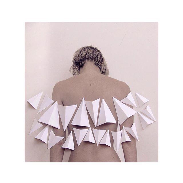 by ariannalerussi: Prove per diventare un angelo ☁️ #portrait #paper #beinganangel #collage
