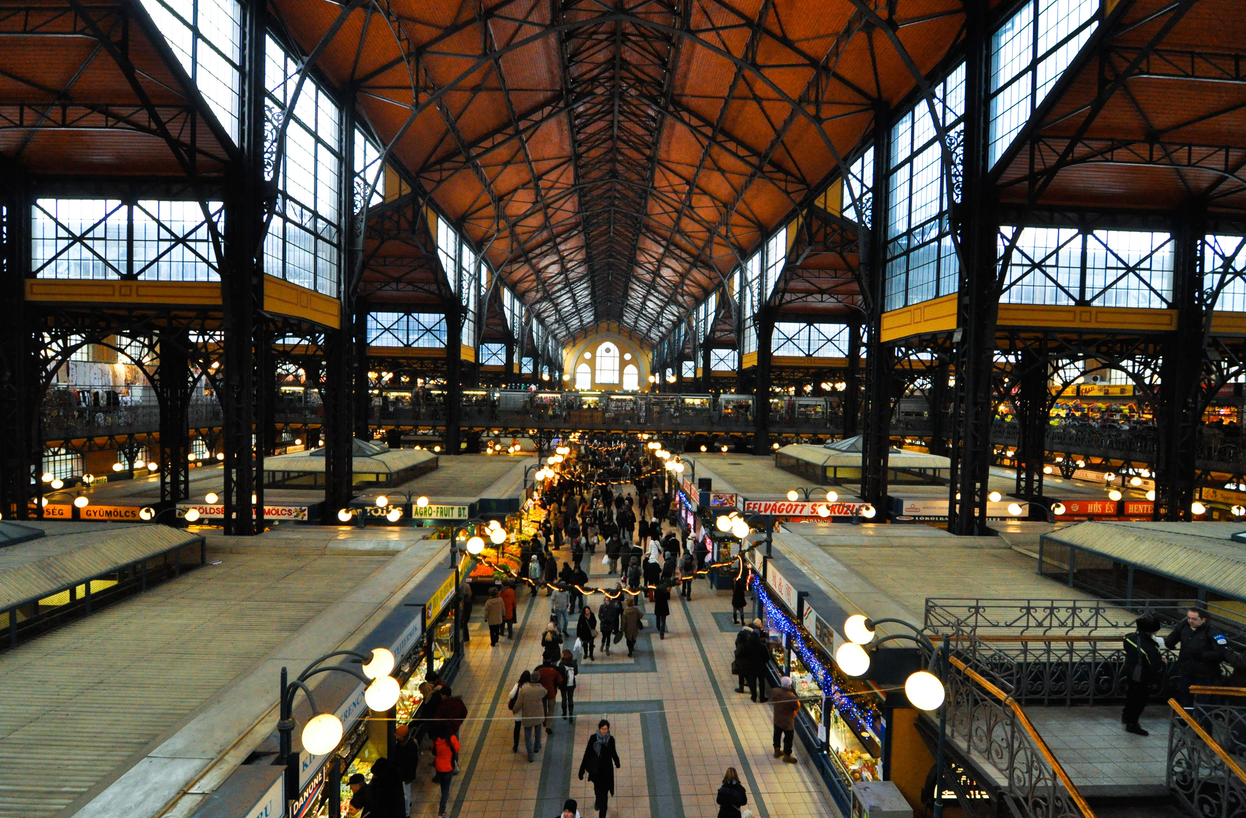 Take A Visit To Budapest S Central Market Hall Hungary Travel