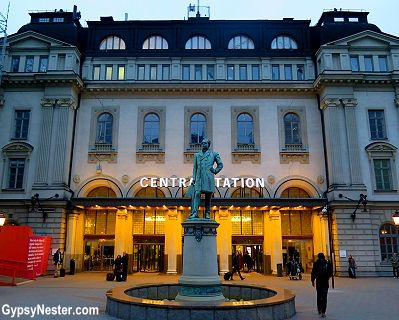Central train station in Stockholm, Sweden! See more: http://www ...