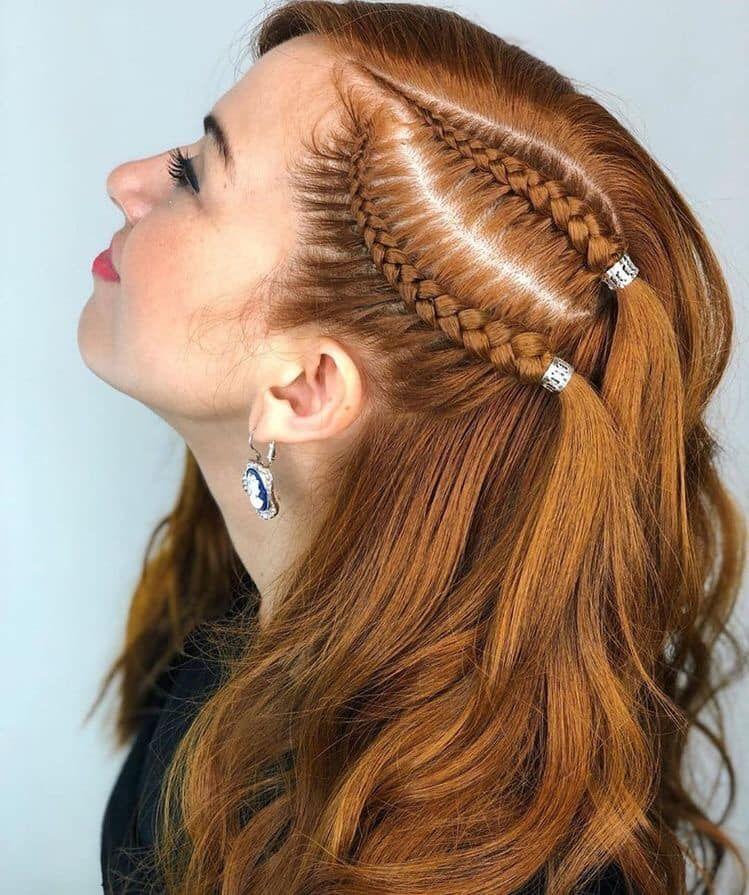 Trenza De Lado En 2020 Peinados Con Trenzas Pelo Suelto Peinados Modernos Con Trenzas Trenzas Para Cabello Largo