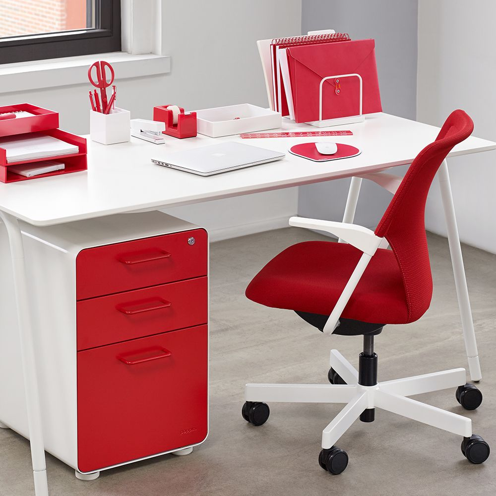 red 5th avenue chair | modern office furniture | poppin | poppin