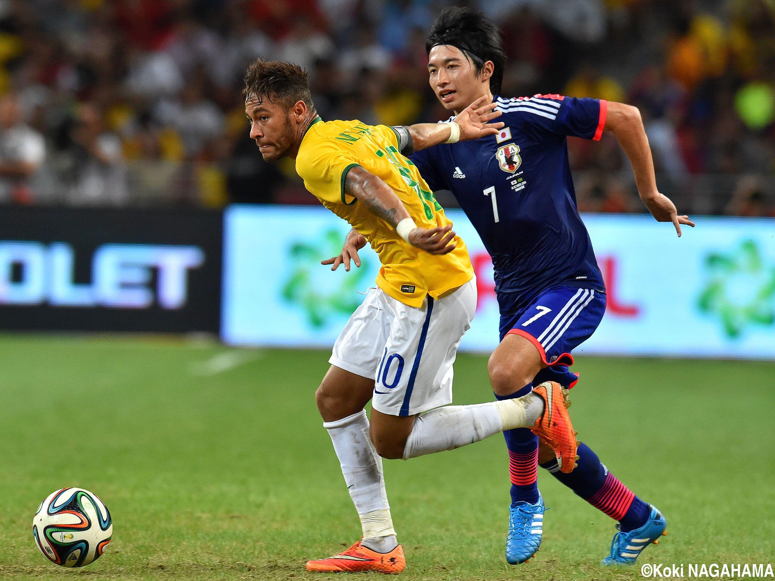 2014/10/14 日本代表vsブラジル代表 シンガポール   GAKU SHIBASAKI ...