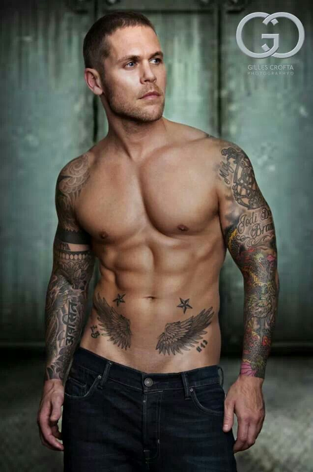Hot guy with tattoos fotos pinterest hot guys for Naked men tattoo