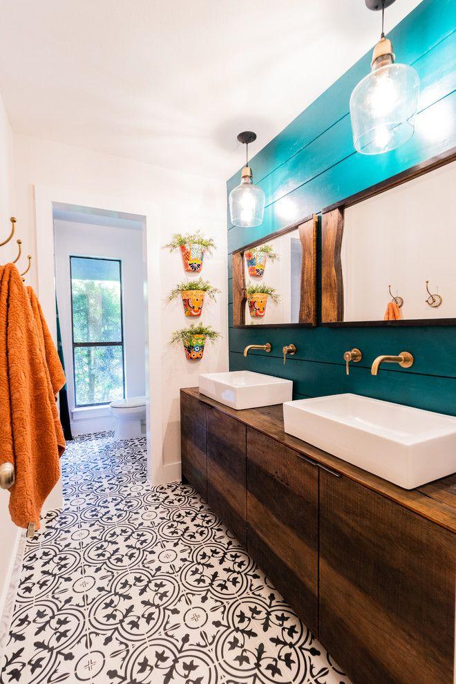 16 Exceptional Tropical Bathroom Interiors Designed To