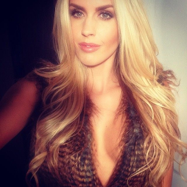 Kayla Rae Reid Pictures (145 Images)
