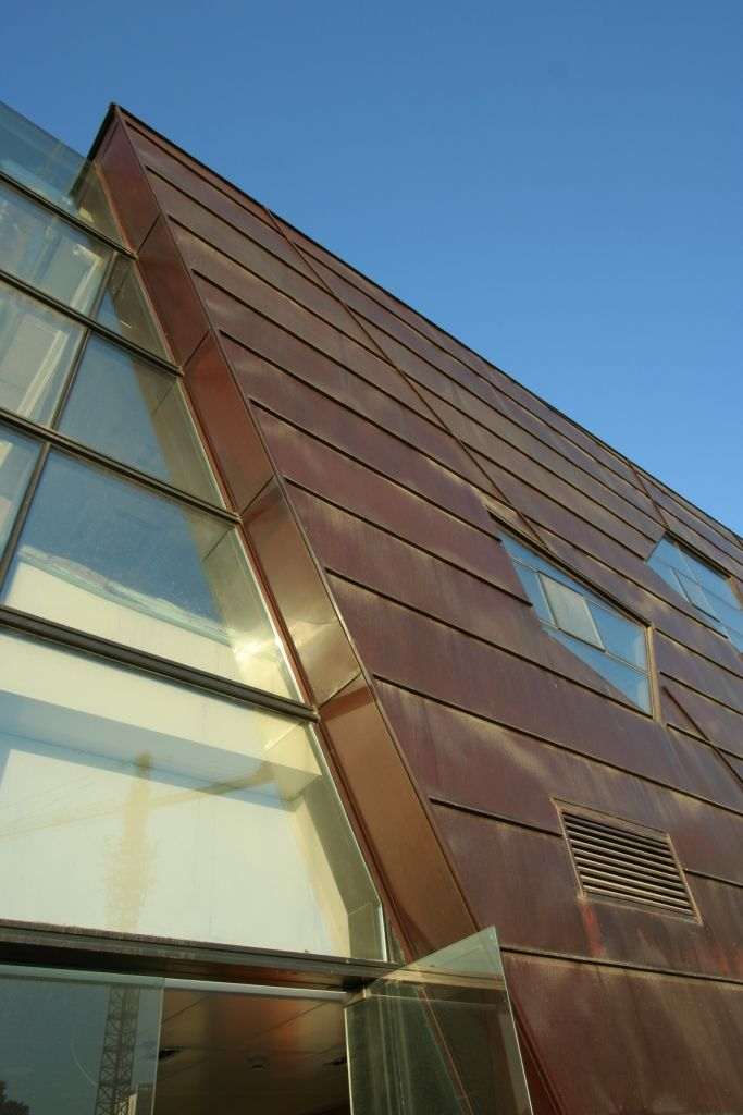 External metal walls google search render colours - Exterior materials for buildings ...