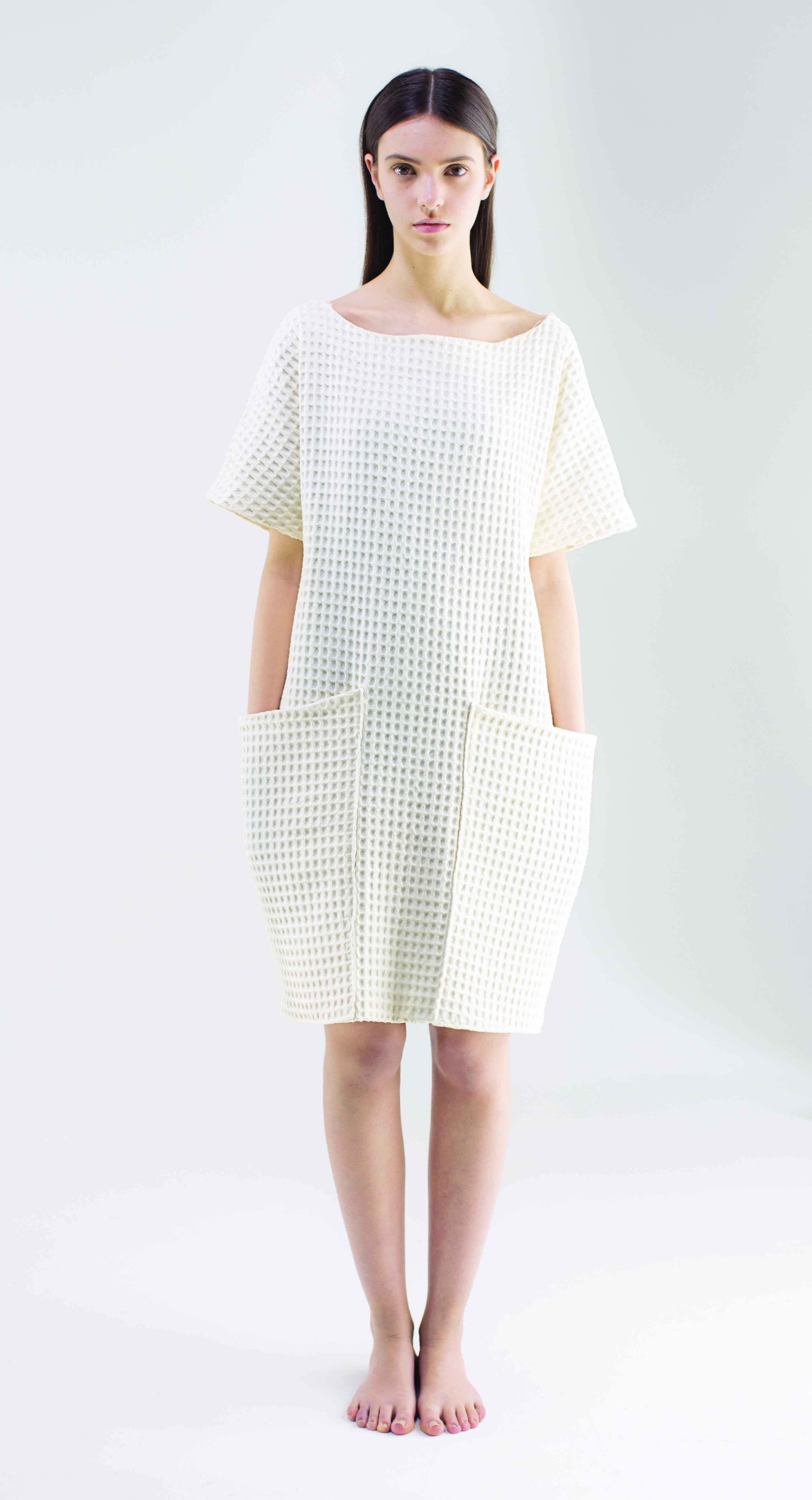 Vestae: Ratio Designed by Elisa Borboni and Sandra Shukstule  Material: waffle fabric