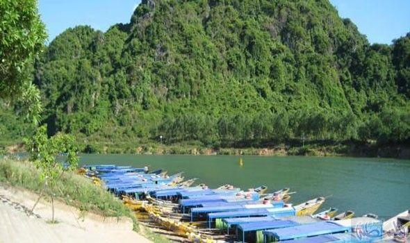 فيتنام الأنسب للعروسين لقضاء مغامرة شهر العسل Outdoor Outdoor Decor Pool