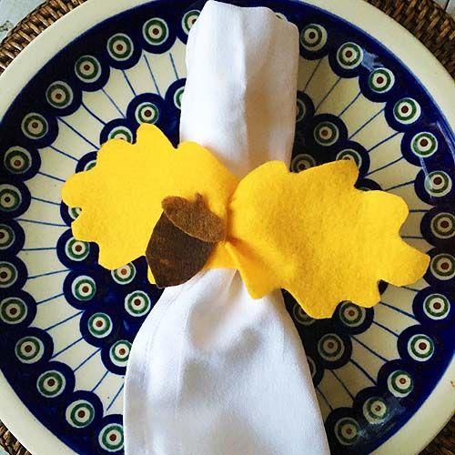 Easy Felt Leaf Napkin Rings for Thanksgiving #napkinrings