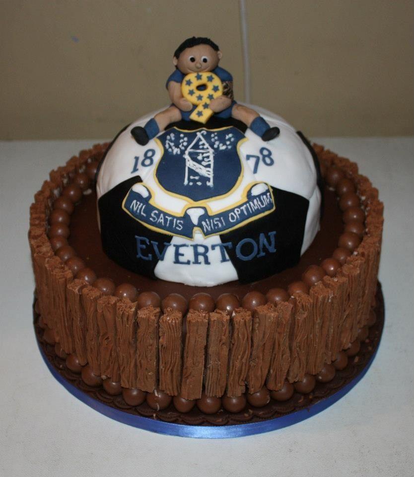 Everton cake.  FOOTIE FOOTIE FOOTIE!!!  Pinterest  Cakes and ...