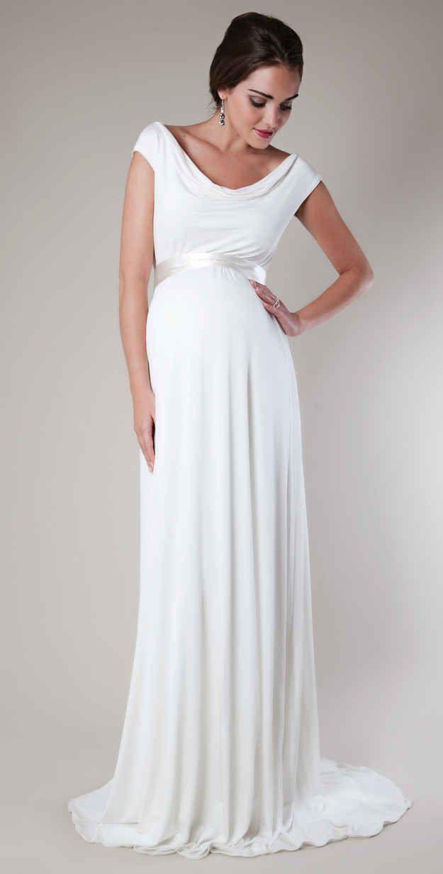 Or this elegant floor-length drape dress.   13 Gorgeous Maternity ...