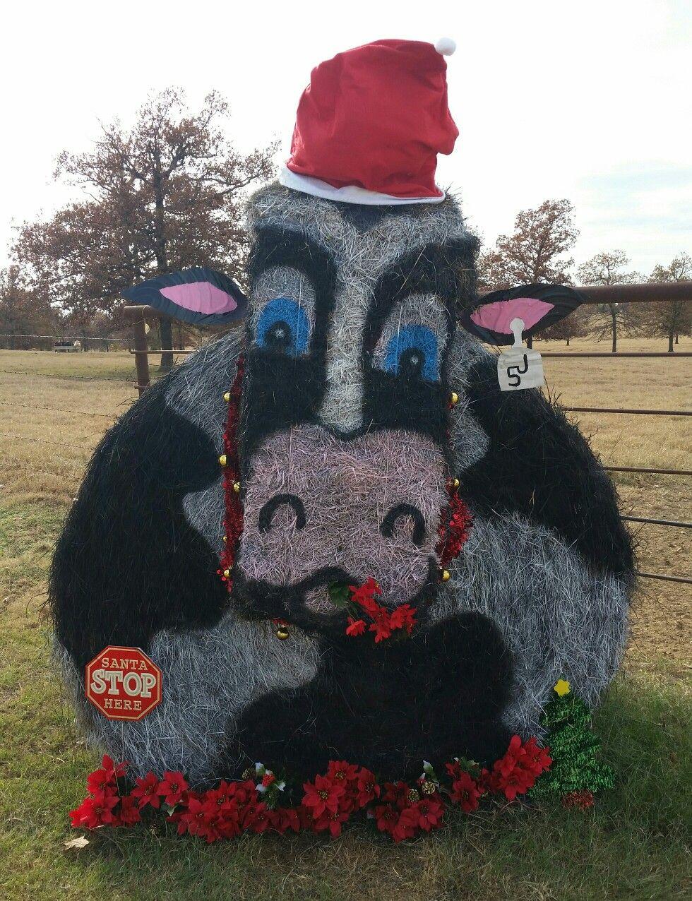 Christmas Cow Hay Bale Christmas Parade Floats Christmas Decorations Diy Outdoor Christmas Hay Bales