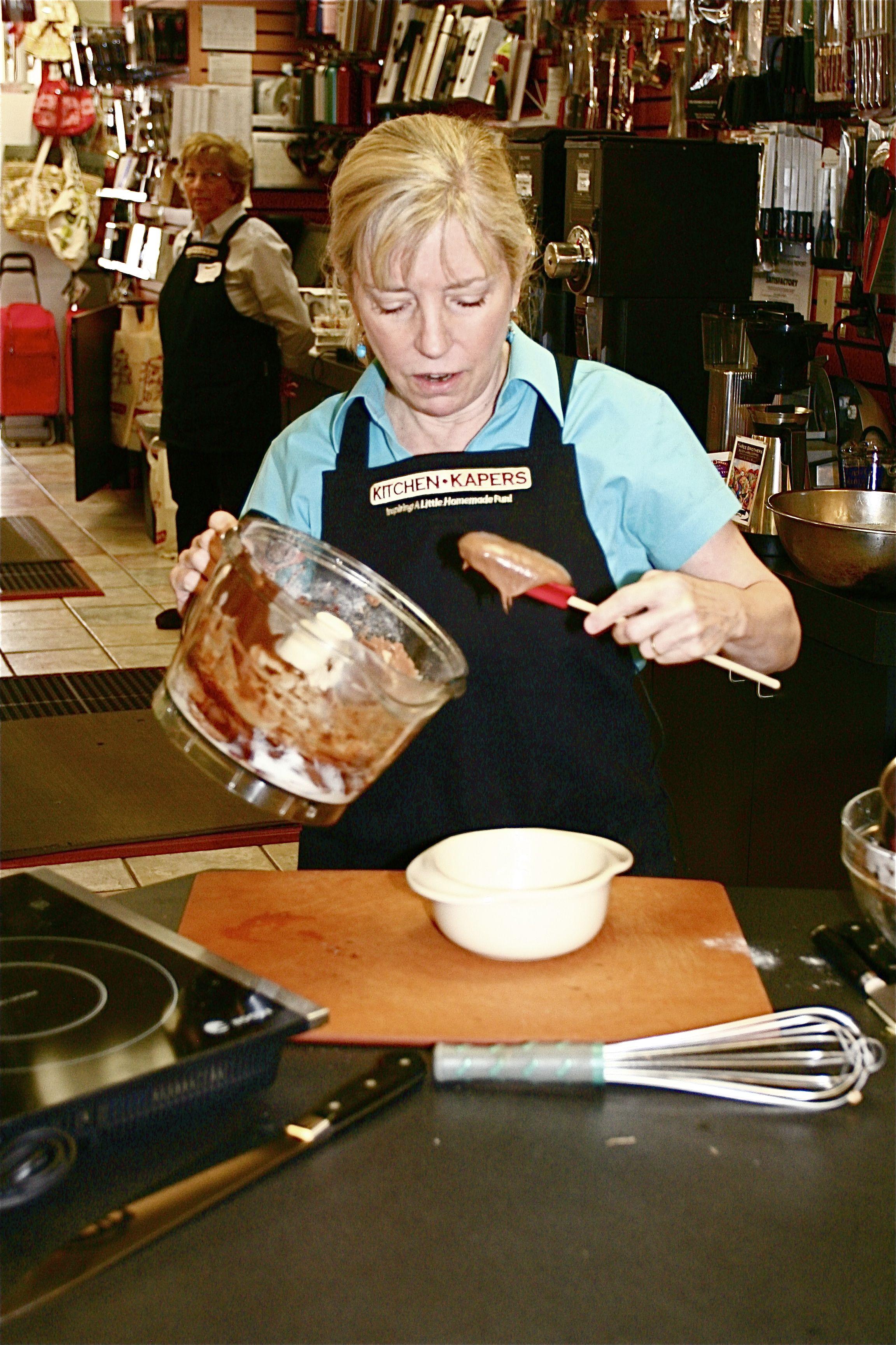 Former Food Network star Sara Moulton at Kitchen Kaper food demo ...