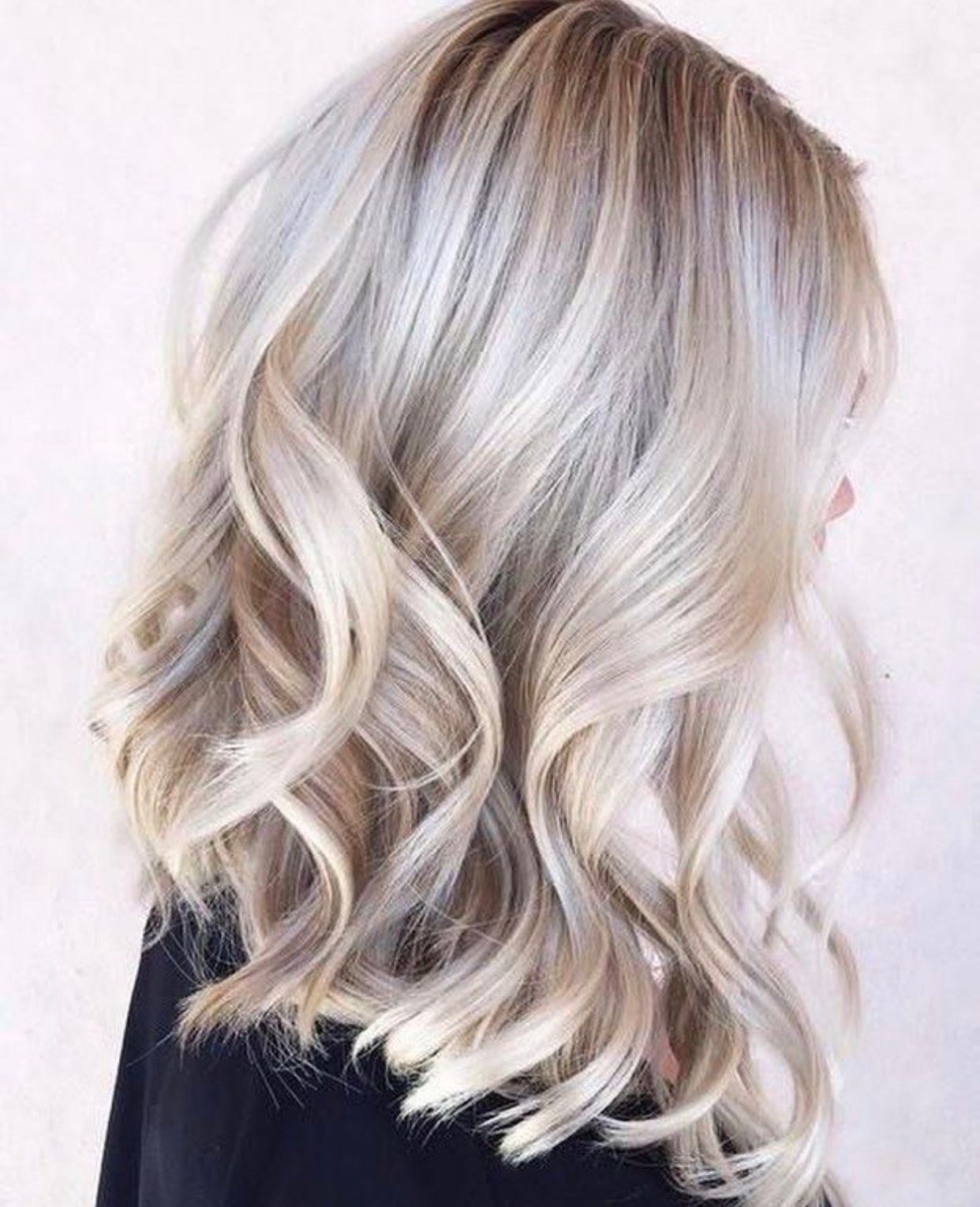 Pin Pa Hair