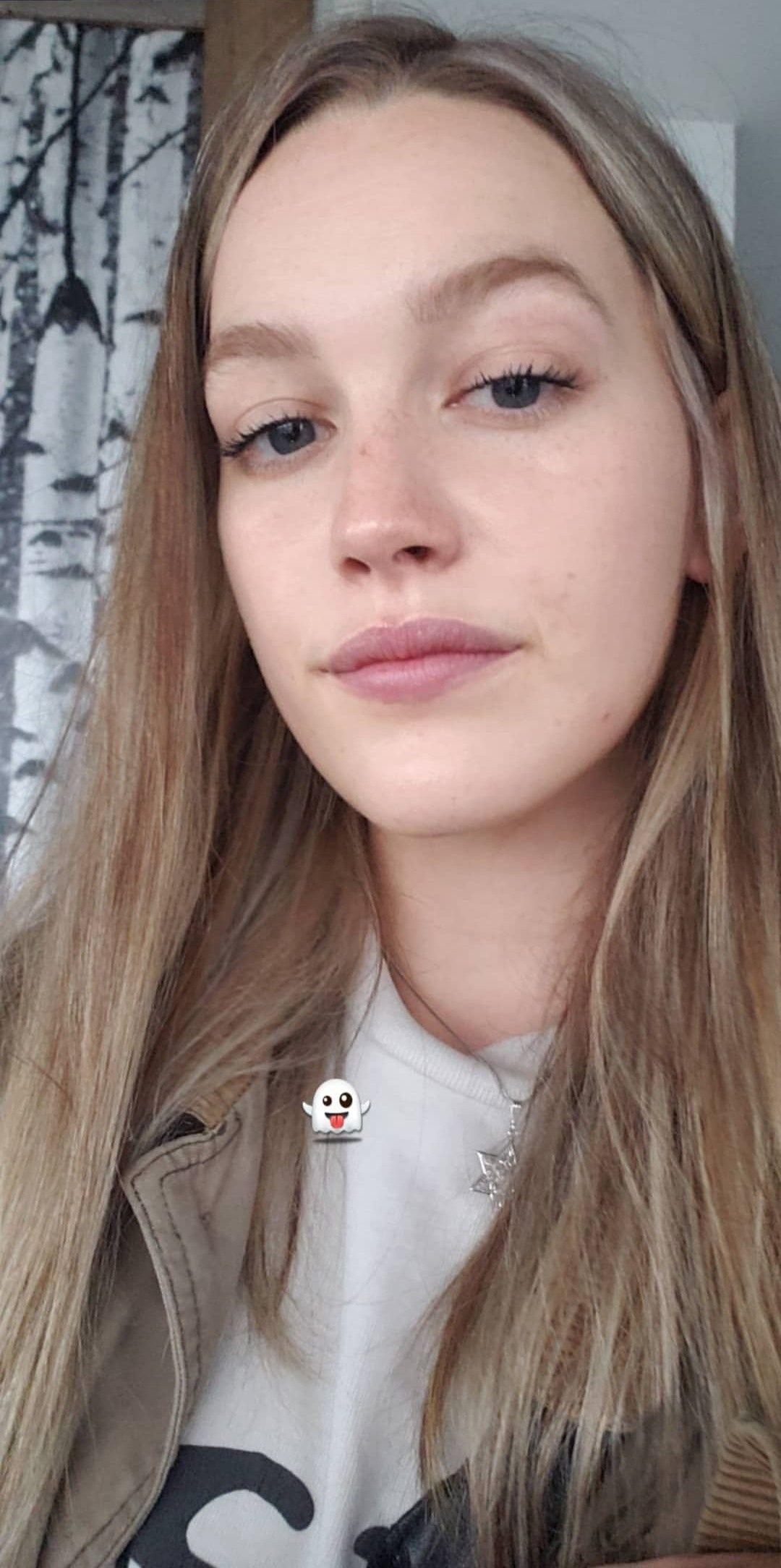 Cassandra pussy