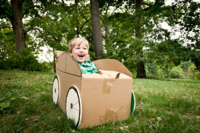 Make a carboard car for your toddler -- so easy, so cheap!