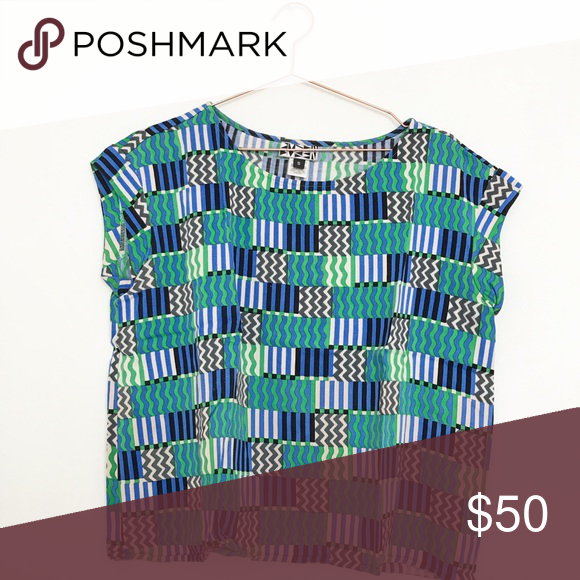 b1384cd9c Dusen Dusen top Beautiful geometric graphic patterned Dusen Dusen top. Fits  a variety of body types, super soft fabric, great condition. dusen dusen  Tops ...