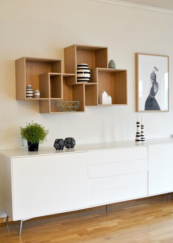 Modernistisk Hjemmesnekret vegghylle   Hylle   Interiør stue, Interiør, Hyller EM-94