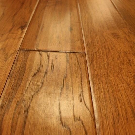 Hickory Pecan 1 2 X 6 1 2 Engineered Hardwood Flooring Flooring Hardwood