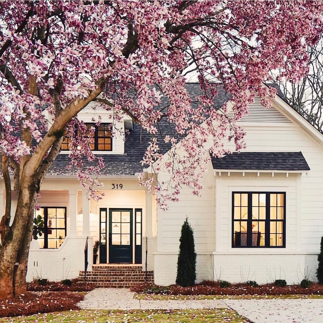 Small Modern Home Exteriors: Pin By Karen Glenn On Home & Decor In 2019