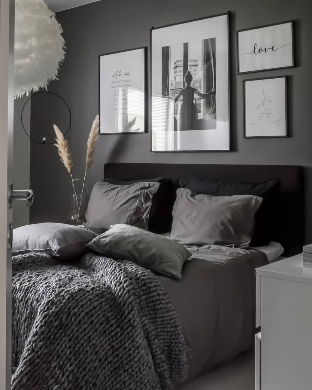 """Photo of Interior/Scandi/home on Instagram: """"Huomenta!? Muutama tunti töitä ja sitten viikonlopun viettoon…mitäs teillä on suunnitelmissa? Me vaan otetaan rennosti ? Kivaa…"""""""
