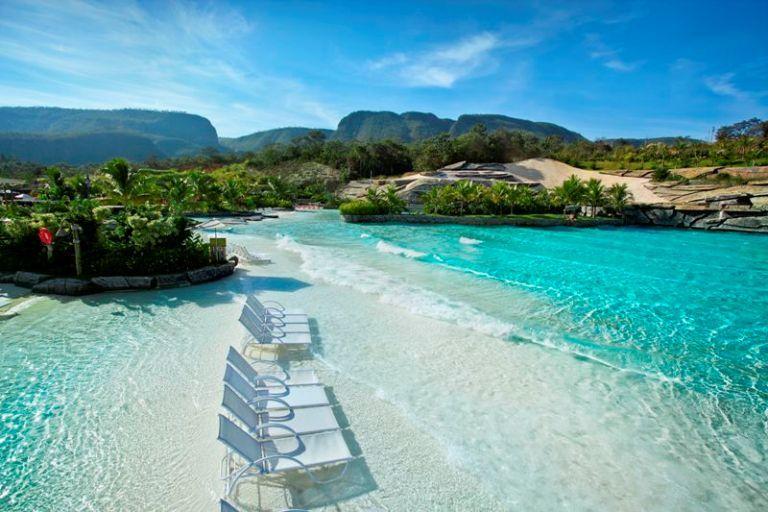 7 destinos perfeitos para viajar com a família nas férias