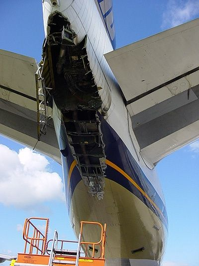 Image Major Tail Strike Damages To A Singapore Airlines
